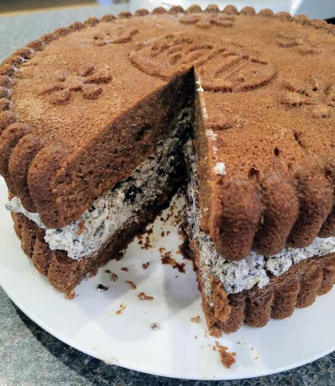 Day 41 - Oreo Cookie Cake